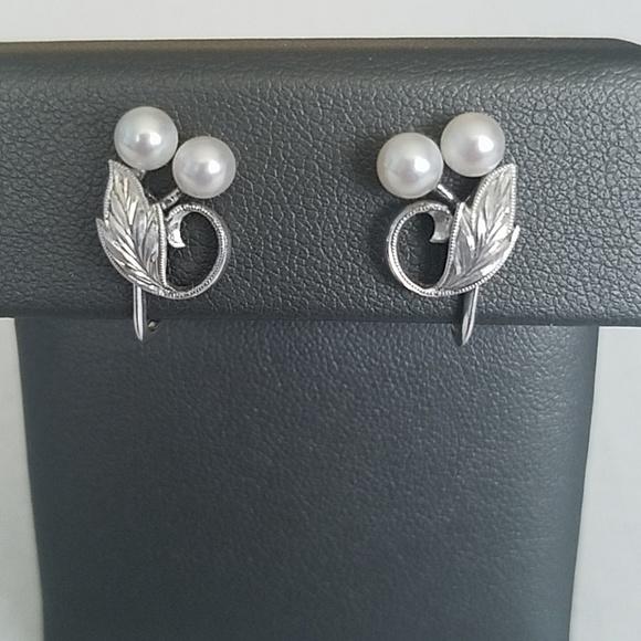 Mikimoto Jewelry - Mikimoto Pearl Silver Screw Back Earrings